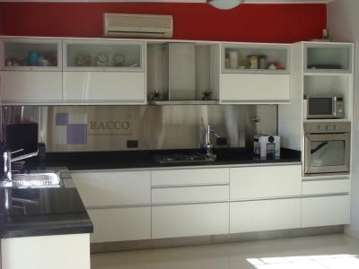 Racco f brica de muebles hurlingham av roca 2353 for Amueblamiento de cocinas